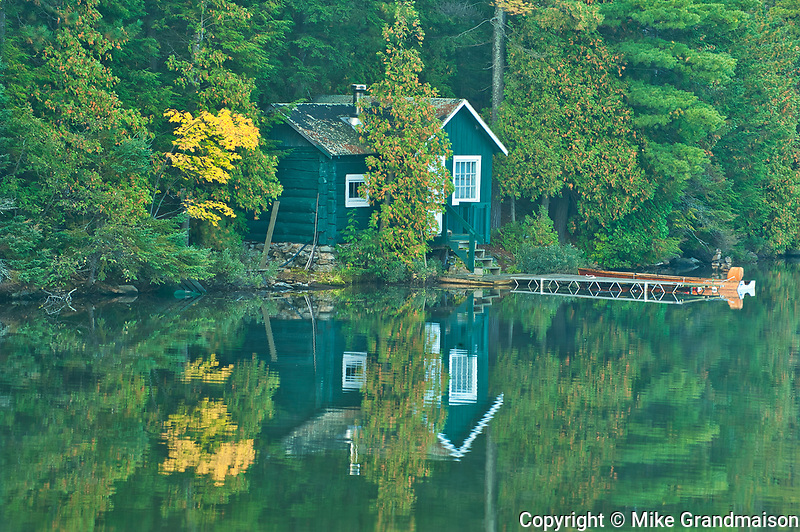 Cottage in West Arm of Lake Nipissing<br />