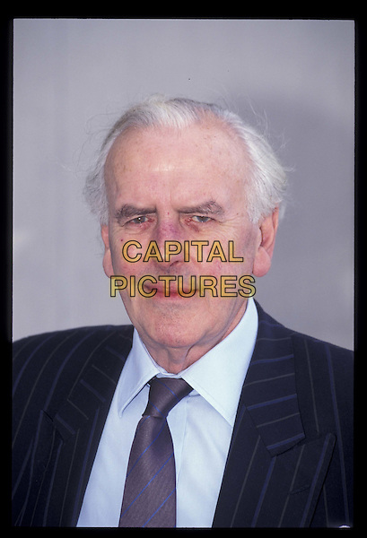 GEORGE COLE .Ref:3155.portrait headshot.*RAW SCAN- photo will be adjusted for publication*.www.capitalpictures.com.sales@capitalpictures.com.©Capital Pictures