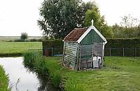 Nederland -  Marken - 2019.     Mooi vervallen schuurtje/huisje bij de Rozewerf (Roze Werf, Rozenwerf) op Marken.     Berlinda van Dam / Hollandse Hoogte