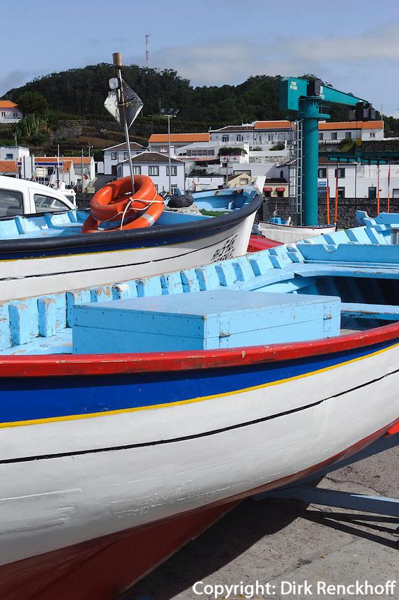 Hafen von Sao Mateus de Calheta auf der Insel Terceira, Azoren, Portugal