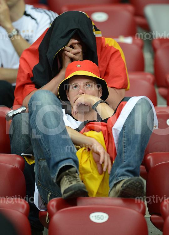 FUSSBALL  EUROPAMEISTERSCHAFT 2012   HALBFINALE Deutschland - Italien              28.06.2012 Enttaeuschte deutsche Fussballfans
