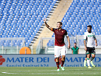 Calcio, Serie A: Roma vs Sassuolo. Roma, stadio Olimpico, 20 settembre 2015.<br /> Roma&rsquo;s Francesco Totti celebrates after scoring during the Italian Serie A football match between Roma and Sassuolo at Rome's Olympic stadium, 20 September 2015.<br /> UPDATE IMAGES PRESS/Isabella Bonotto