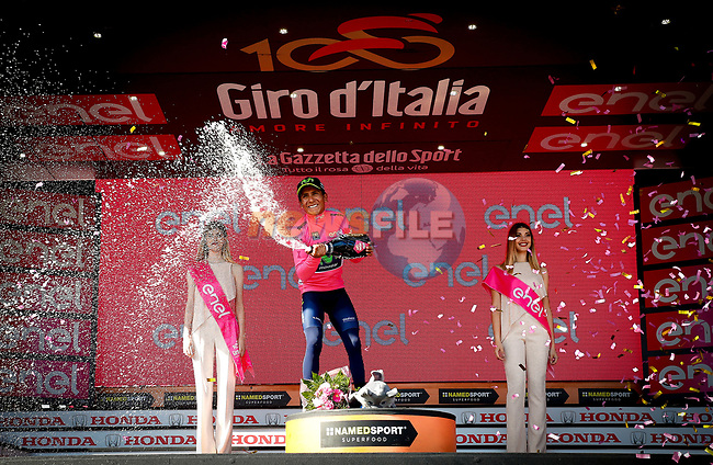 Nairo Quintana (COL) Movistar Team takes over the race leaders Maglia Rosa at the end of Stage 19 of the 100th edition of the Giro d'Italia 2017, running 191km from San Candido/Innichen to Piancavallo, Italy. 26th May 2017.<br /> Picture: LaPresse/Simone Spada | Cyclefile<br /> <br /> <br /> All photos usage must carry mandatory copyright credit (&copy; Cyclefile | LaPresse/Simone Spada)