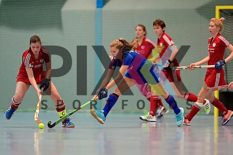 GER - Mannheim, Germany, December 19: During the 1. Bundesliga Sued Damen indoor hockey match between Mannheimer HC (blue) and Nuernberger HTC (red) on December 19, 2015 at Irma-Roechling-Halle in Mannheim, Germany. Final score 8-2 (HT 3-2).  (L-R) Lena Strobel #25 of Nuernberger HTC, Laura Bassemir #25 of Mannheimer HC<br /> <br /> Foto &copy; PIX-Sportfotos *** Foto ist honorarpflichtig! *** Auf Anfrage in hoeherer Qualitaet/Aufloesung. Belegexemplar erbeten. Veroeffentlichung ausschliesslich fuer journalistisch-publizistische Zwecke. For editorial use only.