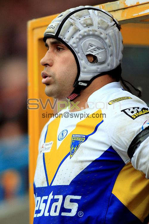 Pix: Chris Mangnall /SWPix.com, Rugby League, Super League. 28/02/10 Huddersfield Giants v Warrington Wloves....picture copyright>>Simon Wilkinson>>07811267 706>>....Warrington's (26) David Solomona