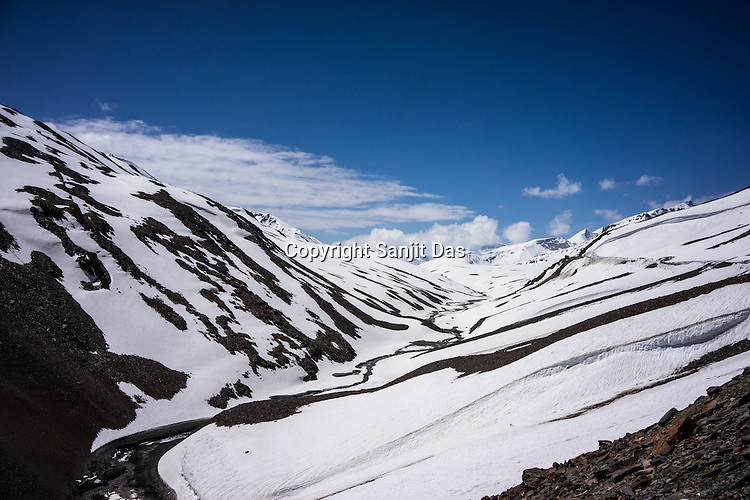 Snow covered Zanskar range enroute to Baralacha la, the second highest motor able road in the world at an altitude of 16040 feet