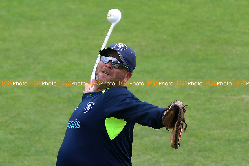 Kent head coach Matt Walker during Kent Spitfires vs Essex Eagles, Royal London One-Day Cup Cricket at the St Lawrence Ground on 17th May 2017