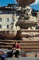 Brunnen am Domplatz, Trient (Trento), Venetien, Italien.