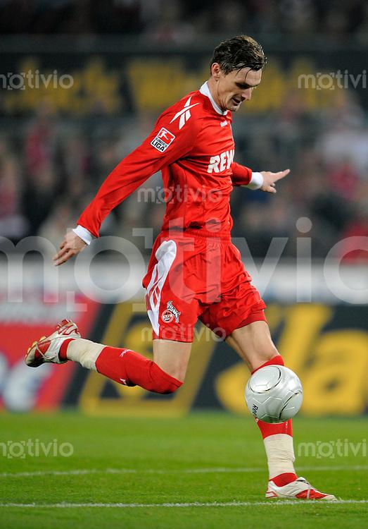 FUSSBALL   1. BUNDESLIGA   SAISON 2008/2009   6. SPIELTAG 1.FC Koeln - FC Schalke 04          26.09.2008 Milivoje NOVAKOVIC (Koeln), Einzelaktion am Ball.