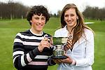 VLAARDINGEN -  Dylan Boshart (l) en Tessa de Bruijn van het Thorbecke Lyceum in Rotterdam, winnaars  van het Nederlands Scholen Team Kampioenschap op GC Broekpolder. COPYRIGHT KOEN SUYK