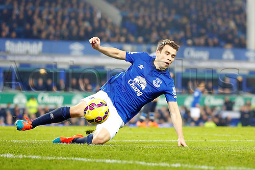 03.12.2014.  Liverpool, England. Premier League. Everton versus Hull. Everton defender Seamus Coleman slides for the ball