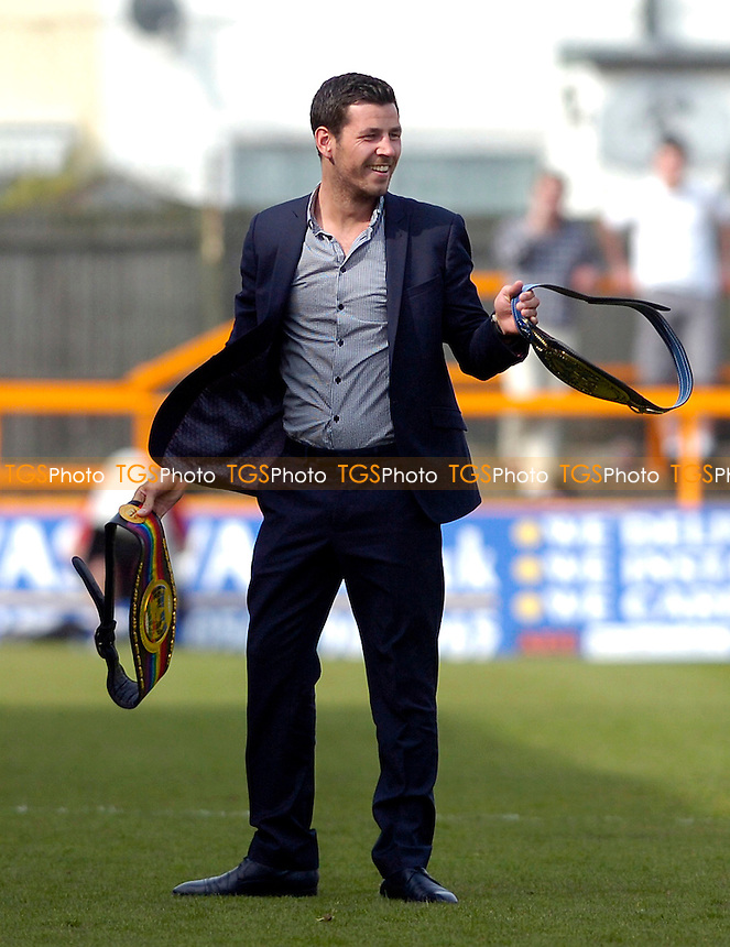 European Middleweight champ Darren Barker at Underhill - Barnet vs Rotherham United - Coca Cola League Two Football at Underhill - 24/04/10 - MANDATORY CREDIT: Anne-Marie Sanderson/TGSPHOTO - Self billing applies where appropriate - 0845 094 6026 - contact@tgsphoto.co.uk - NO UNPAID USE..