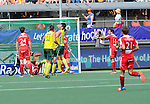 The Hague, Netherlands, June 07: Players of Australia celebrate after scoring during the field hockey group match (Men - Group A) between England and Australia on June 7, 2014 during the World Cup 2014 at Kyocera Stadium in The Hague, Netherlands. Final score 0-5 (0-4) (Photo by Dirk Markgraf / www.265-images.com) *** Local caption ***