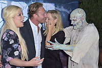 Tori Spelling, Ian Ziering und Jennie Garth at the premiere of SyFy TV-Film Zombie Tidal Wave at the Garland Hotel in Los Angeles, California August 12, 2019. Credit: Action Press/MediaPunch ***FOR USA ONLY***