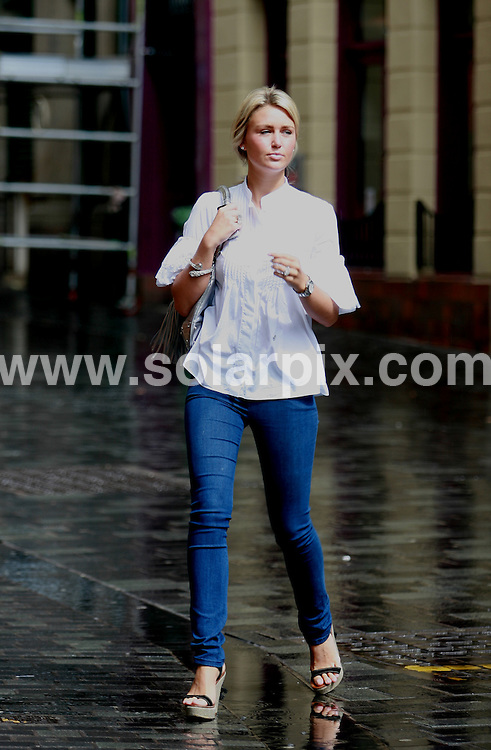 **ALL ROUND PICTURES FROM SOLARPIX.COM**.**WORLDWIDE SYNDICATION RIGHTS**.Alex Curran, Steven Gerrard's wife, shopping in Liverpool today, 17th July 2007..This pic: Alex Curran..JOB REF: 4302   BNR      DATE: 17_07_2007.**MUST CREDIT SOLARPIX.COM OR DOUBLE FEE WILL BE CHARGED* *UNDER NO CIRCUMSTANCES IS THIS IMAGE TO BE REPRODUCED FOR ANY ONLINE EDITION WITHOUT PRIOR PERMISSION*