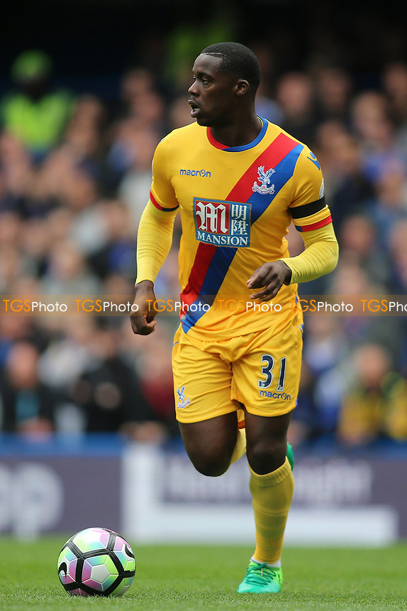 Jeffrey Schlupp of Crystal Palace during Chelsea vs Crystal Palace, Premier League Football at Stamford Bridge on 1st April 2017