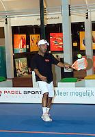 22-2-08, Netherlands, Rotterdam,  ABNAMROWTT 2008, Chris Silos in de padelkooi
