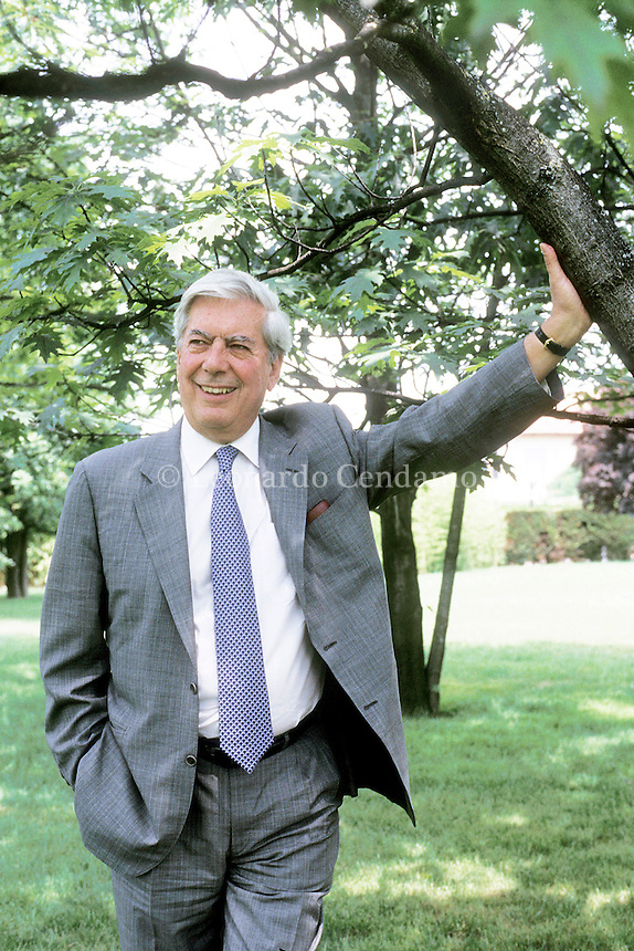 Mario Vargas Llosa, writer, Premio Nobel della Letteratura 2010   © Leonardo Cendamo