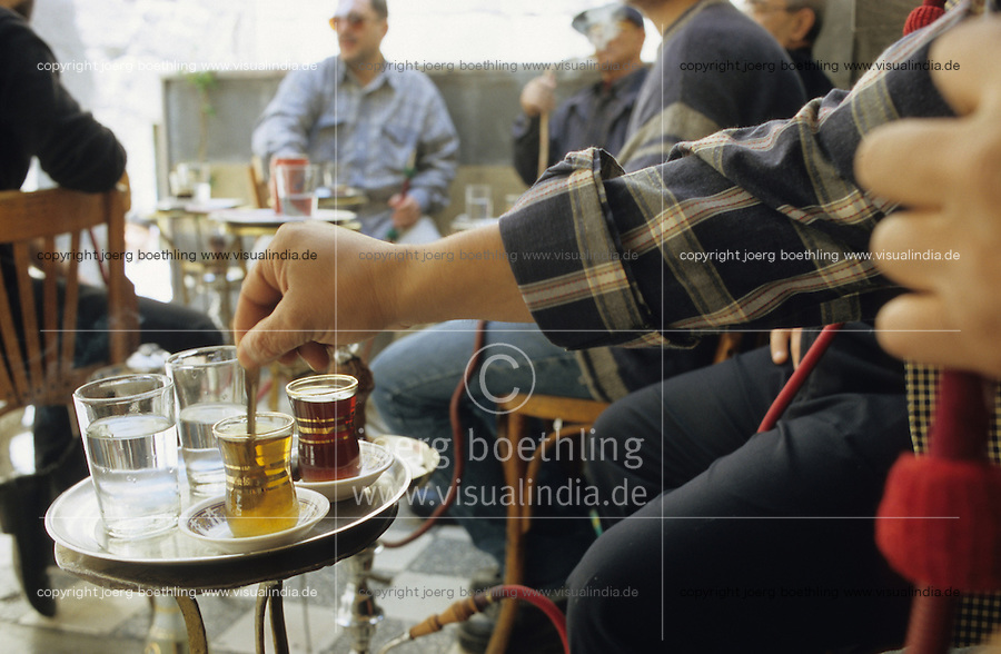 "Asien Naher Osten Arabien Syrien Damaskus Damascus .M?nner rauchen Wasserpfeife und trinken Tee im cafe Teestube - Orient Gott Glauben Allah arabisch Religion Islam Muslim rauchen Teeglas xagndaz | .Asia arabia Syria .men smoke water pipe and drink tea in Damascus - religion god islam . | [copyright  (c) agenda / Joerg Boethling , Veroeffentlichung nur gegen Honorar und Belegexemplar an / royalties to: agenda  Rothestr. 66  D-22765 Hamburg  ph. ++49 40 391 907 14  e-mail: boethling@agenda-fototext.de  www.agenda-fototext.de  Bank: Hamburger Sparkasse BLZ 200 505 50 kto. 1281 120 178  IBAN: DE96 2005 0550 1281 1201 78 BIC: ""HASPDEHH""] [#0,26,121#]"