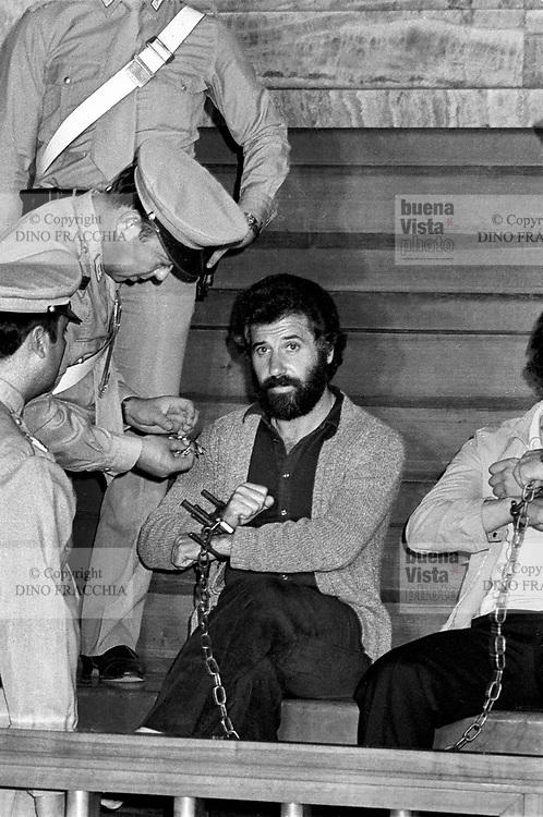 - lawsuit to Renato Curcio, leader of the terroristic group Red Brigades (Milan, 1977)....- processo a Renato Curcio, leader del gruppo terroristico Brigate Rosse (Milano, 1977)