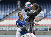 CALI - COLOMBIA, 14-09-2019: Nathalia Giraldo arquero del América en acción durante partido por la semifinal vuelta de la Liga Femenina Aguila 2019 entre América de Cali y Millonarios jugado en el estadio Pascual Guerrero de la ciudad de Cali. / Nathalia Giraldo goalkeeper of America in action during second leg match for the semifinals as part of Aguila Women League 2019 between America de Cali and Millonarios played at Pascual Guerrero stadium in Cali. Photo: VizzorImage / Gabriel Aponte / Staff