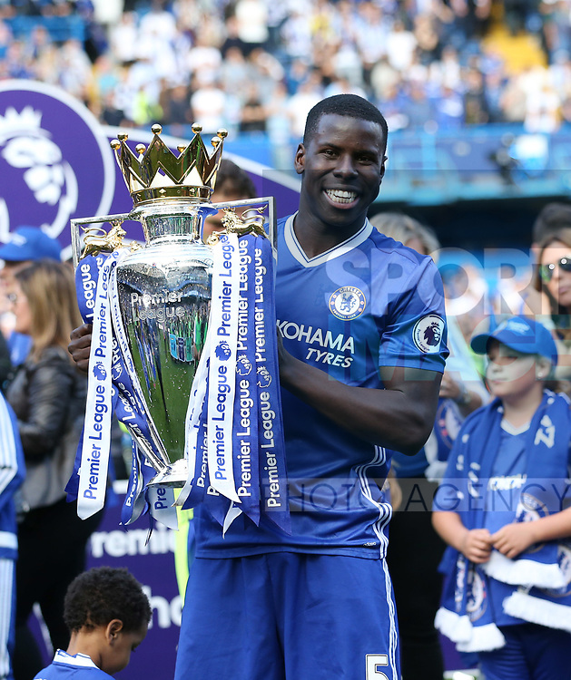 Chelsea's Kurt Zouma celebrates with the trophy during the Premier League match at Stamford Bridge Stadium, London. Picture date: May 18th, 2017. Pic credit should read: David Klein/Sportimage