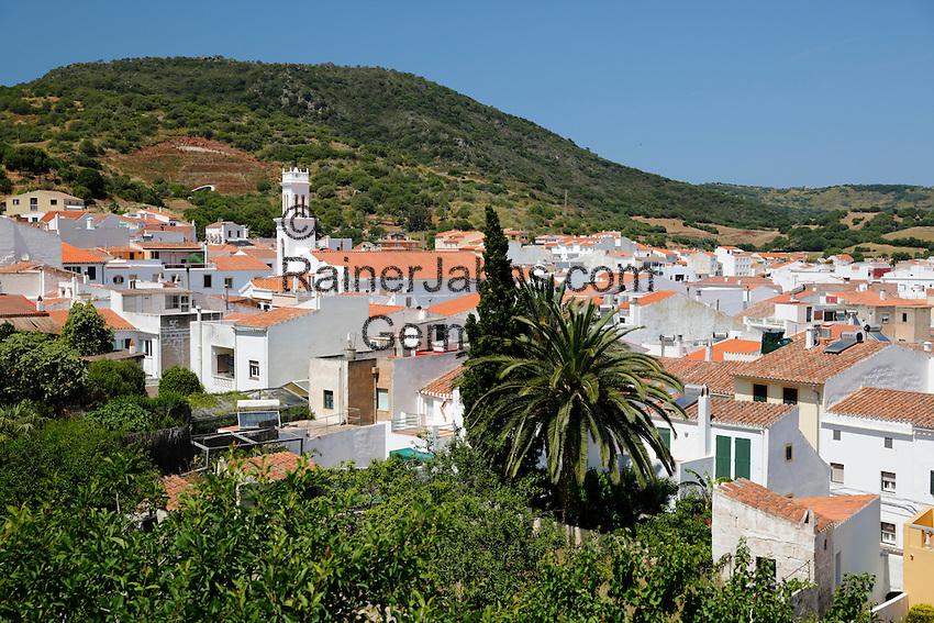 Spain, Menorca, Ferreries: View over inland town | Spanien, Menorca, Ferreries: Ort im Landesinnern