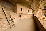 Balcony House tour in Soda Cañon..Mesa Verde National Park, Colorado.