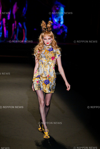 October 17, 2011: Tokyo, Japan - A model walks down the catwalk wearing motonari ono during the Mercedes-Benz Fashion Week Tokyo 2012 S/S. The Mercedes-Benz Fashion Week Tokyo runs from October 16-22. (Photo by Christopher Jue/AFLO)