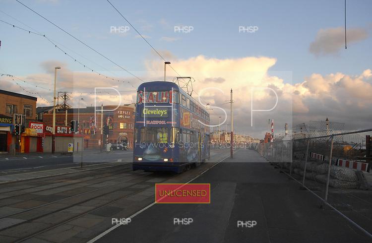 Tram ,Central promenade 27.06.07 -21.20hrs..