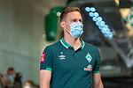 Niklas Moisander (Werder Bremen #18 Kapitaen) Ankunft am Stadion<br /> <br /> <br /> Sport: nphgm001: Fussball: 1. Bundesliga: Saison 19/20: 33. Spieltag: 1. FSV Mainz 05 vs SV Werder Bremen 20.06.2020<br /> <br /> Foto: gumzmedia/nordphoto/POOL <br /> <br /> DFL regulations prohibit any use of photographs as image sequences and/or quasi-video.<br /> EDITORIAL USE ONLY<br /> National and international News-Agencies OUT.
