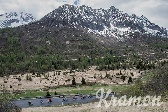 stretched out peloton <br /> <br /> Stage 17: Tirano &rsaquo; Canaze (219km)<br /> 100th Giro d'Italia 2017