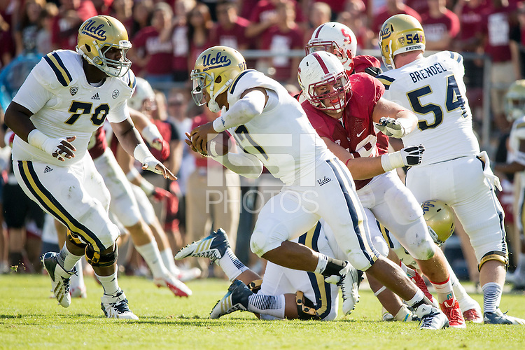 Stanford, CA -- October 19, 2013:  Stanford's Ben Gardner during a game against UCLA at Stanford Stadium. Stanford defeated the Bruins 24-10.