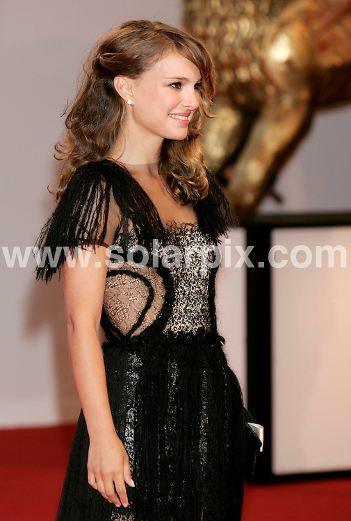 **ALL ROUND PICTURES FROM SOLARPIX.COM**.**SYNDICATION RIGHTS FOR UK AND SPAIN ONLY**.Natalie Portman arrives for the premiere of Birdwatchers, Venice, Italy as part of the 65th Venice Film Festival. Monday September 01, 2008..JOB REF: 7179 CPR (Hans Heinz)      .DATE: 02_09_2008.**MUST CREDIT SOLARPIX.COM OR DOUBLE FEE WILL BE CHARGED* *UNDER NO CIRCUMSTANCES IS THIS IMAGE TO BE REPRODUCED FOR ANY ONLINE EDITION WITHOUT PRIOR PERMISSION*
