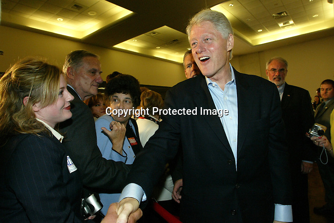 10/30/04,LAS VEGAS,NEVADA --- Former U.S. President Bill Clinton appears at a rally on behalf of democratic presidential candidate Sen. John Kerry at the Desert Willow Community Center in Las Vegas,Nevada.   --- CHRIS FARINA  copyright 2004