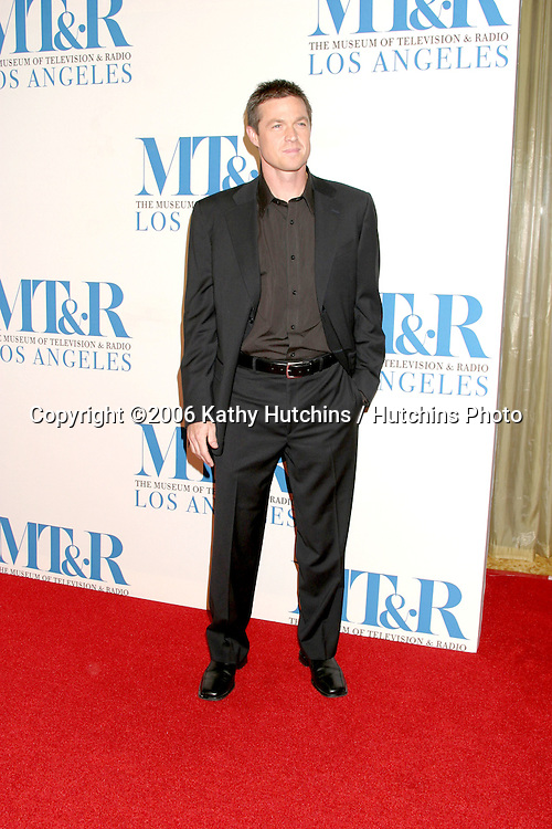 Eric Close .Museum of TV & Radio Annual Gala IHO Les Moonves and Jerry Bruckheimer.Regent Beverly Wilshire Hotel.Beverly Hills, CA.October 30, 2006.©2006 Kathy Hutchins / Hutchins Photo....