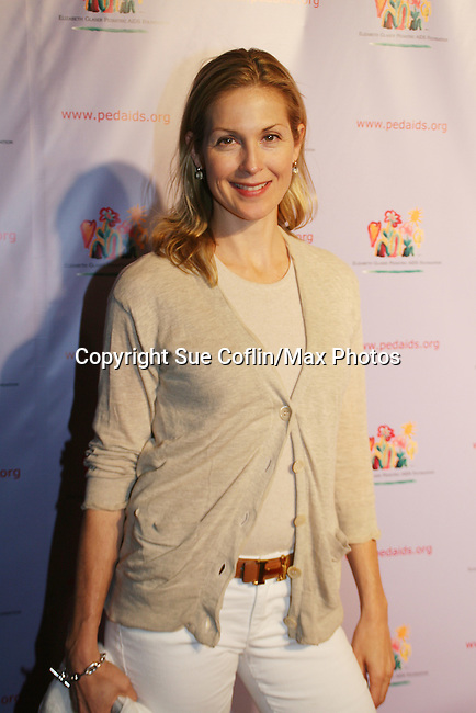 Kelly Rutherford - Loving - Generations - Melrose Place - Gossip Girl at the Kids for Kids Celebrity Carnival to benefit the Elizabeth Glaser Pediatric Aids Foundation on September 20, 2008 at the Park Avenue Armory, New York City, New York. (Photo by Sue Coflin/Max Photos)