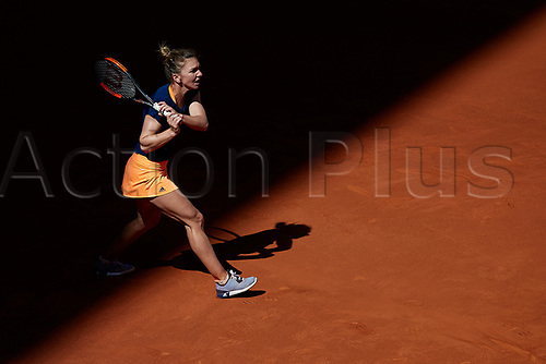 May 9th 2017, Caja Magica, Madrid, Spain; Mutua Madrid Open tennis tournament; Simona Halep of Roumania in action as she wins against Vinci (ita) in a tough 3 setter
