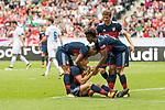 15.07.2017, Borussia Park, Moenchengladbach, GER, TELEKOM CUP 2017 - FC Bayern Muenchen vs TSG 1899 Hoffenheim<br /> <br /> im Bild<br /> Jubel zum 1:0 durch Robert Lewandowski (FC Bayern Muenchen #9), jubelt mit Thiago (FC Bayern Muenchen #6), Kingsley Coman  (FC Bayern Muenchen), Thomas M&uuml;ller / Mueller (FC Bayern Muenchen #25), <br /> <br /> Foto &copy; nordphoto / Ewert