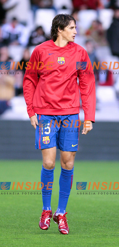 Barcelona`s Jose Edmilson during Spain`s La Liga match between Valencia and Barcelona at Mestalla Stadium in Valencia, Sunday 18 February, 2007, (INSIDE/ALTERPHOTOS/Jose Chavero).
