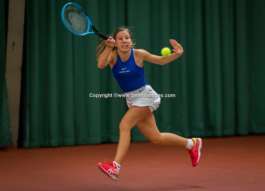Wateringen, The Netherlands, December 8,  2019, De Rhijenhof , NOJK juniors 14 and18 years, Finals girls 14 years: Isis van den Broek (NED)<br /> Photo: www.tennisimages.com/Henk Koster
