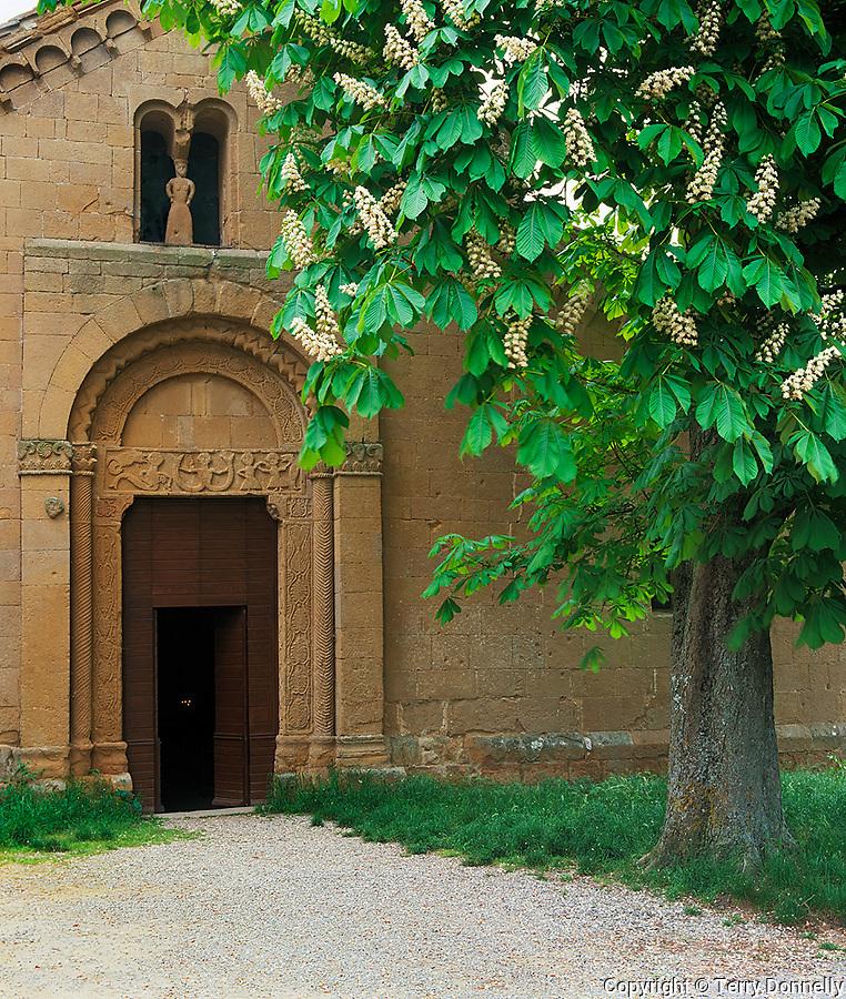 Tuscany, Italy, <br /> Pieve di Corsignagno (c.800-900) pre-Renaissance chapel near the town of Pienza