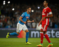 Calcio, Champions League Gruppo B: Napoli vs Benfica. Napoli, stadio San Paolo, 28 settembre 2016. <br /> Napoli's Arkadiusz Milik celebrates after scoring on a penalty kick during the Champions League Group B soccer match between Napoli and Benfica at the Naples' San Paolo stadium, 28 September 2016. Napoli won 4-2.<br /> UPDATE IMAGES PRESS/Isabella Bonotto