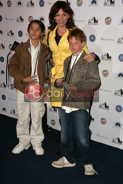 Marilu Henner and her sons<br />at the Griffith Observatory Re-Opening Galactic Gala. Griffith Observatory, Los Angeles, CA. 10-29-06<br />Dave Edwards/DailyCeleb.com 818-249-4998