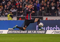 Filip Kostic (Eintracht Frankfurt) nimmt den Ball mit - 18.10.2019: Eintracht Frankfurt vs. Bayer 04 Leverkusen, Commerzbank Arena, <br /> DISCLAIMER: DFL regulations prohibit any use of photographs as image sequences and/or quasi-video.