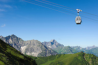 Austria, Vorarlberg, Kleinwalsertal, Riezlern: with Kanzelwand cable car up to upper station at 1.956 m, then another 20 minutes hike up to the summit Kanzelwand, summit Widderstein 2.558 m at background | Oesterreich, Vorarlberg, Kleinwalsertal, Riezlern: mit der Kanzelwandbahn hinauf zur Bergstation auf 1.956 m, danach sind es noch ca. 20 Minuten Fussweg bis zum Gipfel der Kanzelwand, im Hintergrund der Widderstein mit 2.558 m