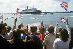 QE2 arrives in Southampton at the end of the Falklands war 1982
