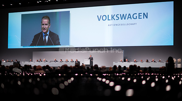 03 May 2018, Germany, Berlin: Herbert Diess, CEOof Volkswagen AG, soeaking at the Volkswagen AG annual general meetingat the Messegelaende in Berlin. Photo: Bernd von Jutrczenka/dpa /MediaPunch ***FOR USA ONLY***