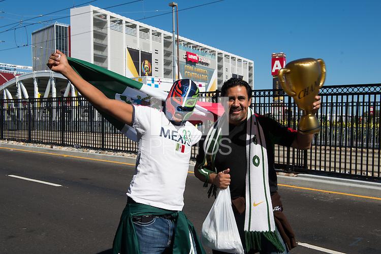 Photo before the match Mexico vs Chile, Corresponding to the quarterfinals of the America Cup Centenary 2016 at Levis Stadium.<br /> <br /> Foto previo al partido Mexico vs Chile, Correspondiente a los Cuartos de Final de la Copa America Centenario 2016, en el Estadio Levis, en la foto: Fans<br /> <br /> <br /> 18/06/2016/MEXSPORT/Jorge Martinez.