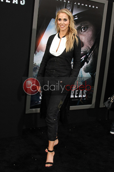 """Elizabeth Berkley<br /> at the """"San Andreas"""" Los Angeles Premiere, TCL Chinese Theater, Hollywood, CA 05-26-15<br /> David Edwards/DailyCeleb.Com 818-249-4998"""